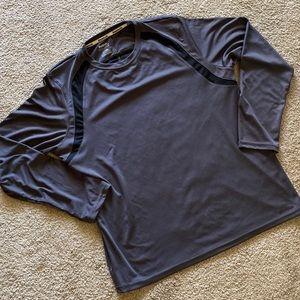 Men's Reebok long sleeve size Large